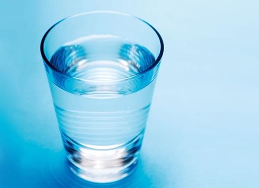 水やぬるま湯で飲む
